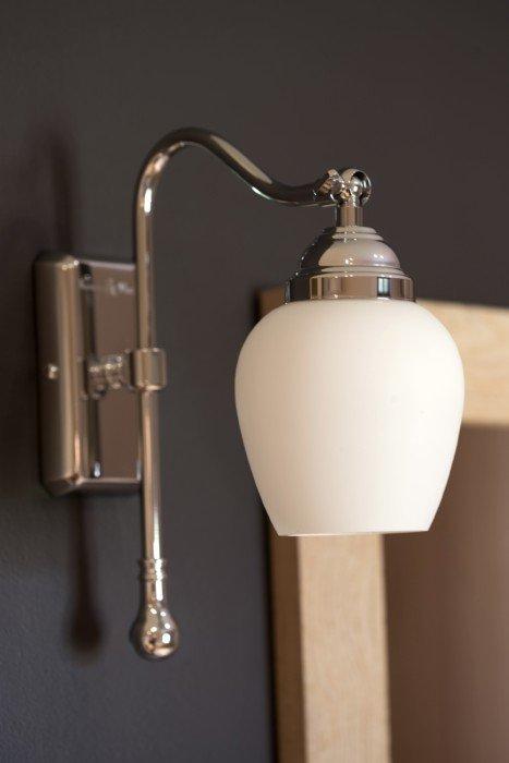 Nostalgische badkamerverlichting   Taps & Baths