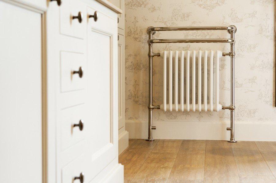 Nadelen Leisteen Badkamer ~ Kenny&Mason  The heater  voor in de badkamer of keuken