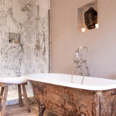 landelijke badkamer - landelijke stijl - gietijzeren baden