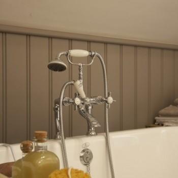 klassieke kranen - landelijke badkraan