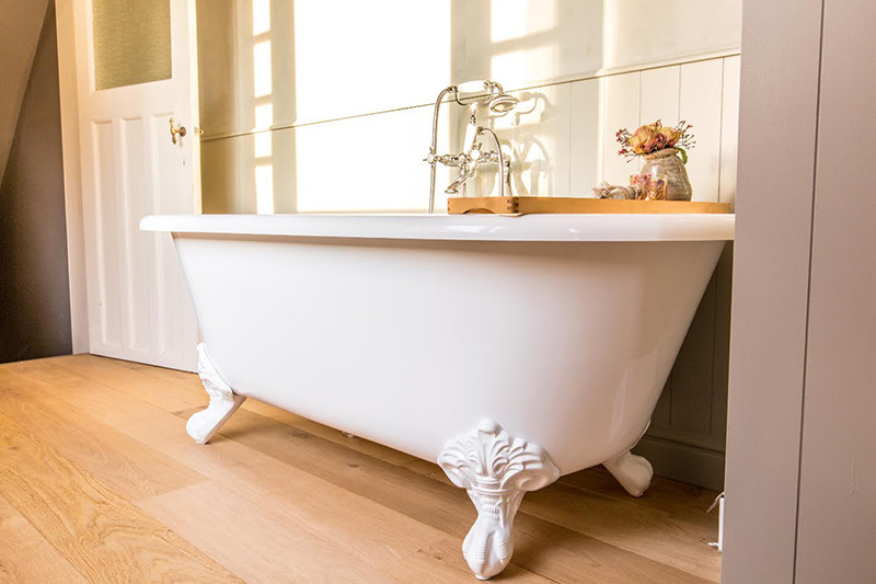 Badkamer Douche Wand ~ bad op pootjes  bad op poten  landelijke badkamers