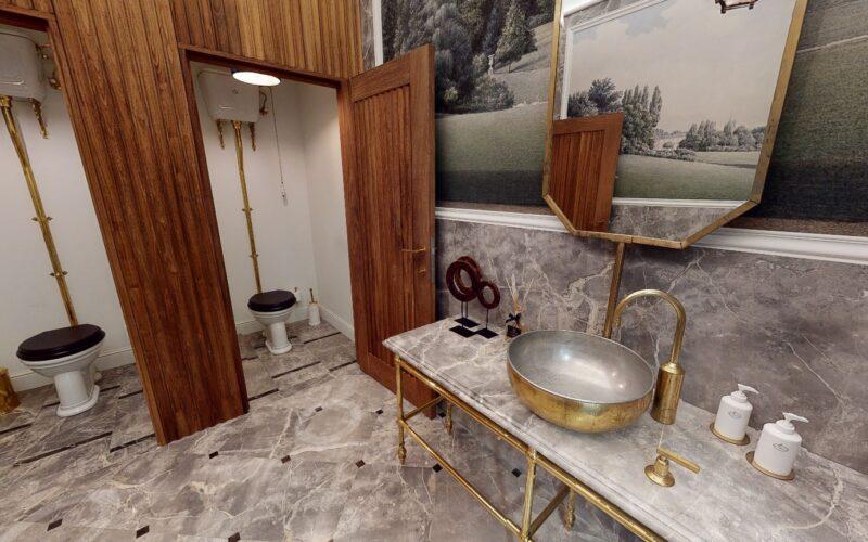 Retro toilet high level