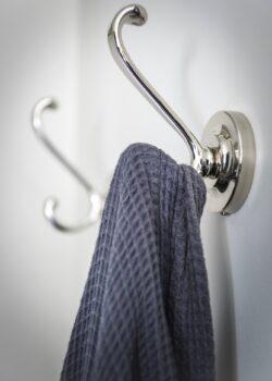 landelijke badkamer accessoires